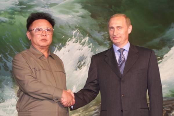 Vladimir_Putin_with_Kim_JongIl2_1